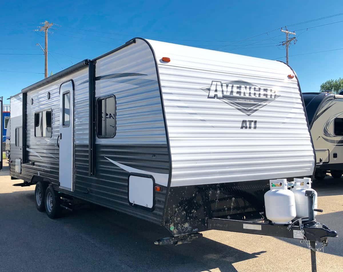 NEW 2018 Forest River AVENGER 26 BB