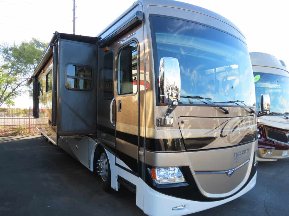 USED 2012 Fleetwood Discovery 42D