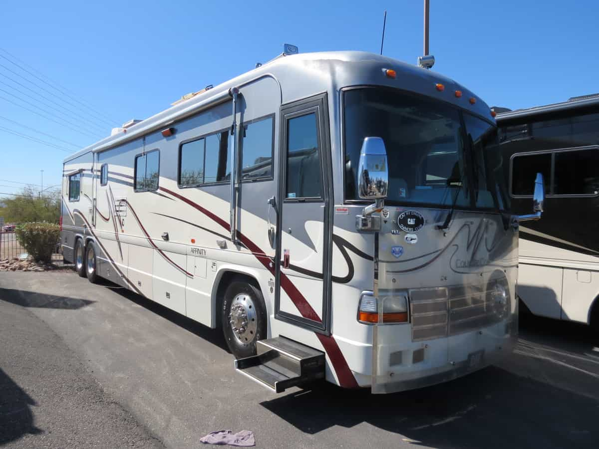 USED 2001 Country Coach Affinity 42BBSG