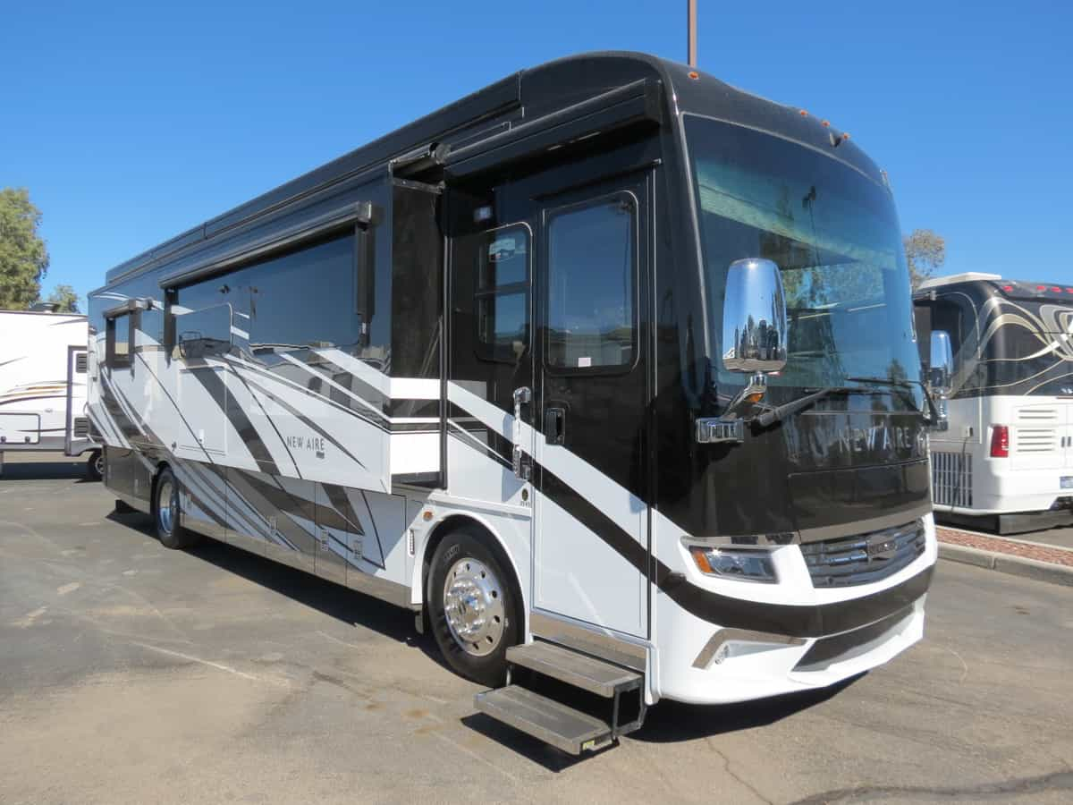 NEW 2021 Newmar New Aire 3545