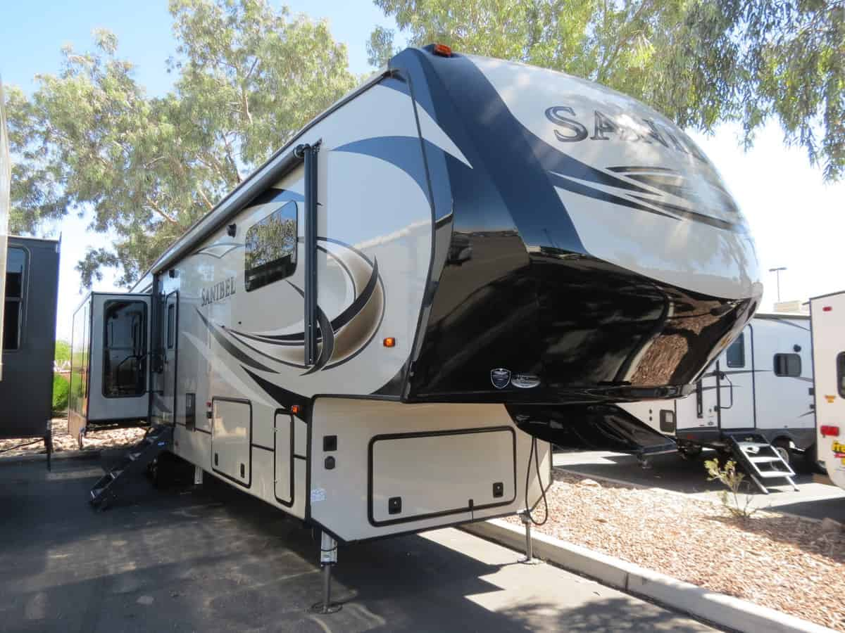 NEW 2018 Prime Time Sanibel 3751 - Freedom RV