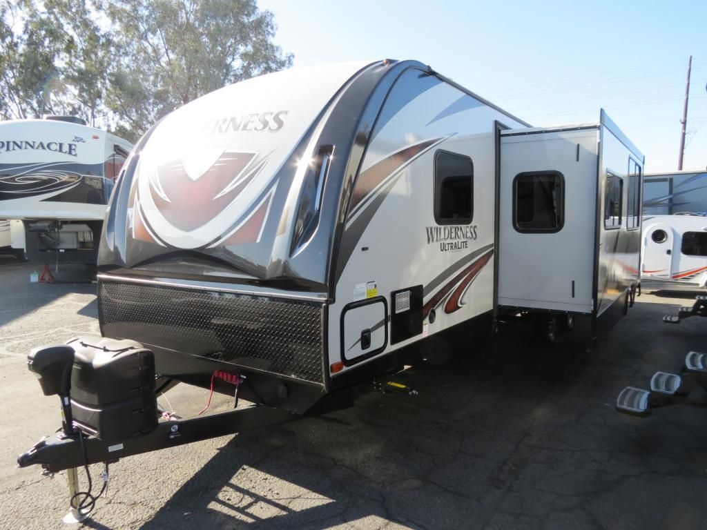 NEW 2019 Heartland Wilderness 3250BS - Freedom RV