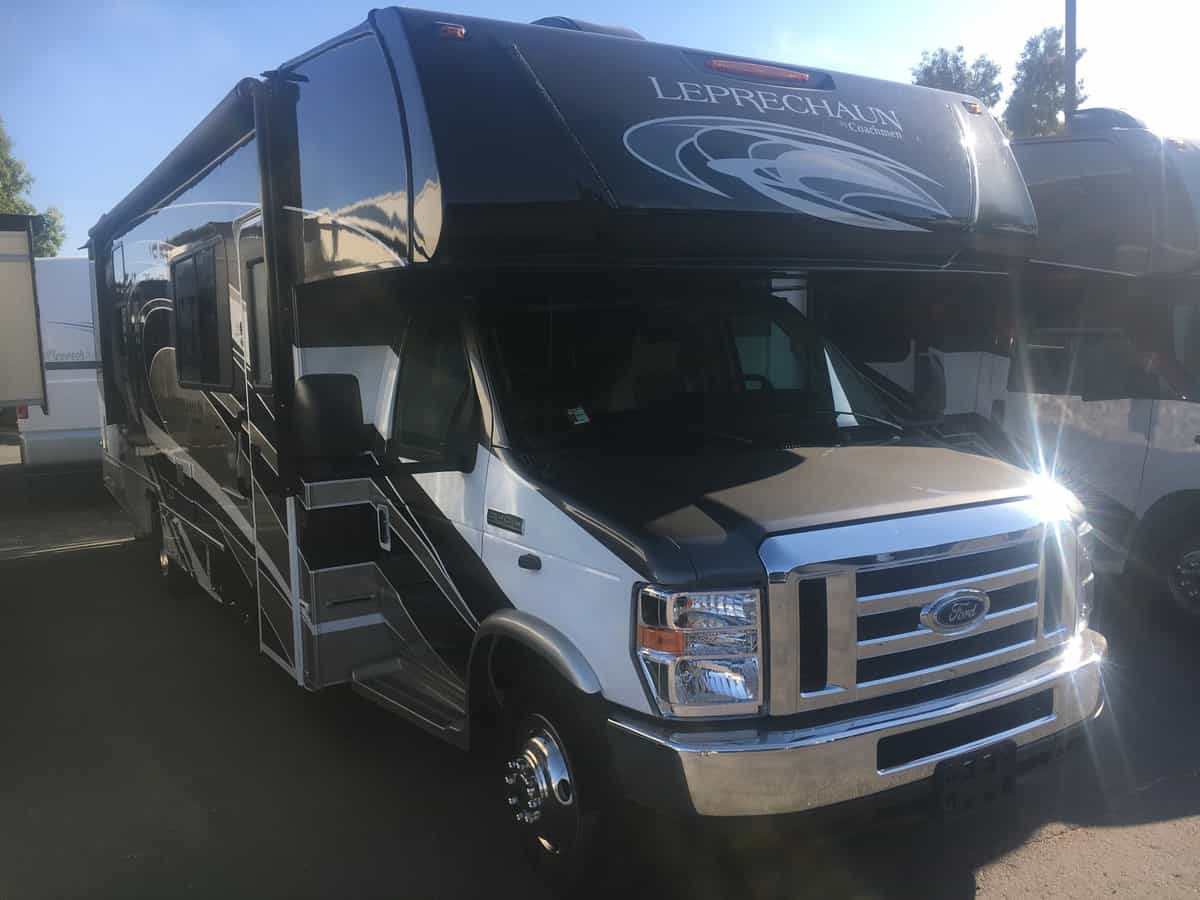 NEW 2019 Coachmen Leprechaun 311FSF - Freedom RV