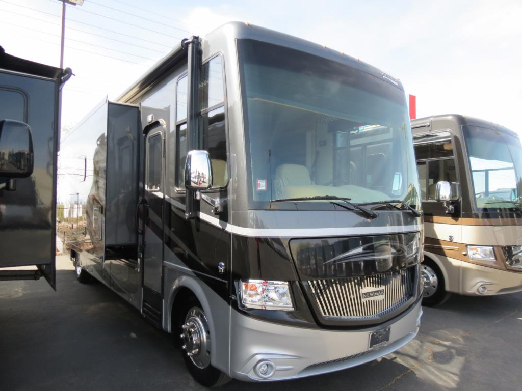 2016 Newmar Canyon Star 3755 ( Used ) - Freedom RV