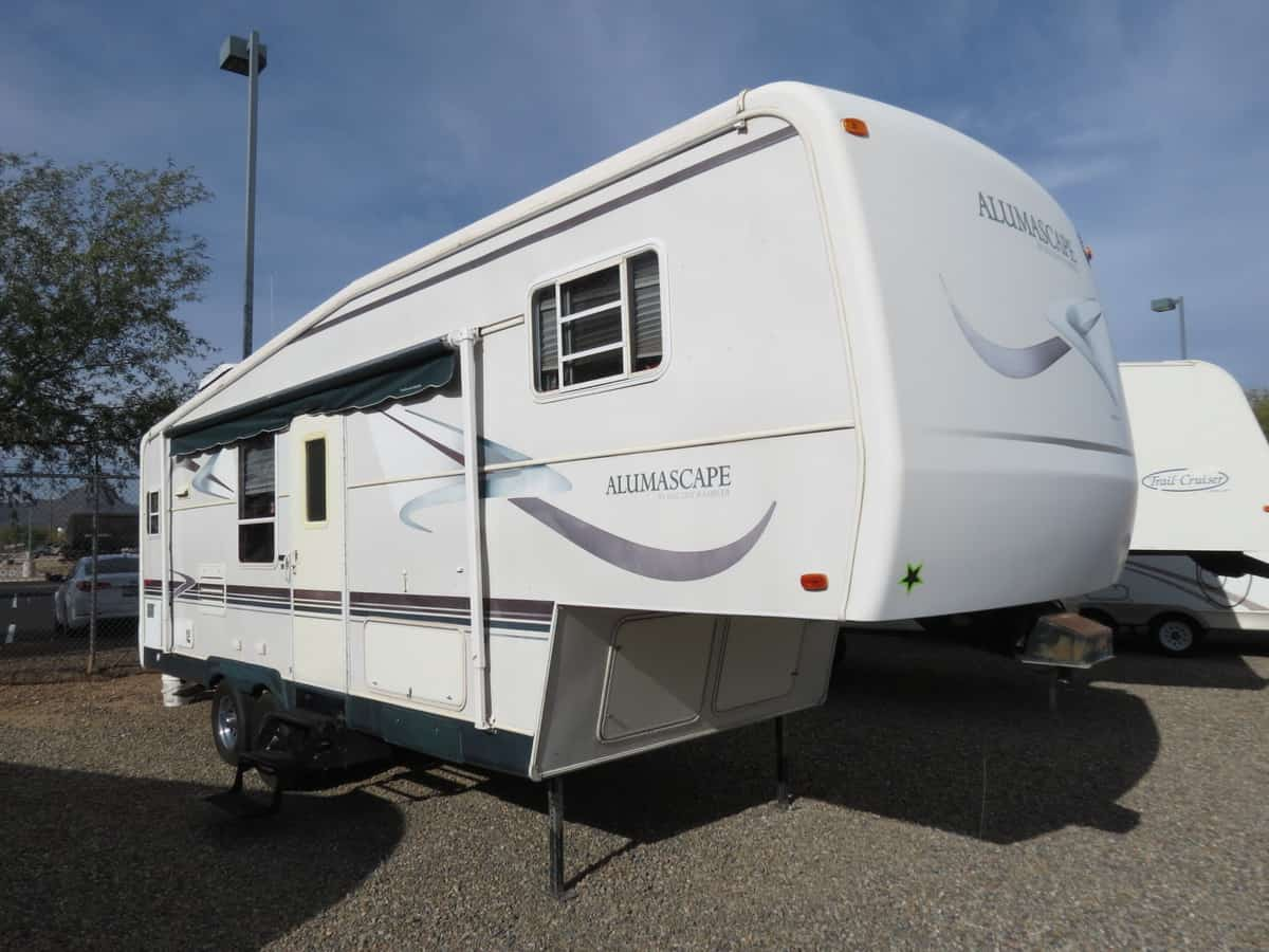 USED 2001 Holiday Rambler Alumascape 25RK - Freedom RV