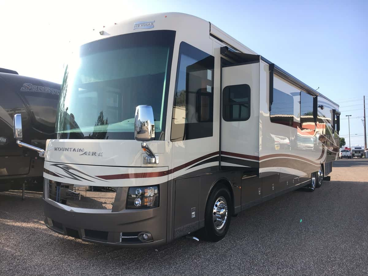 New 2019 Newmar Mountain Aire 4551 Tucson Az