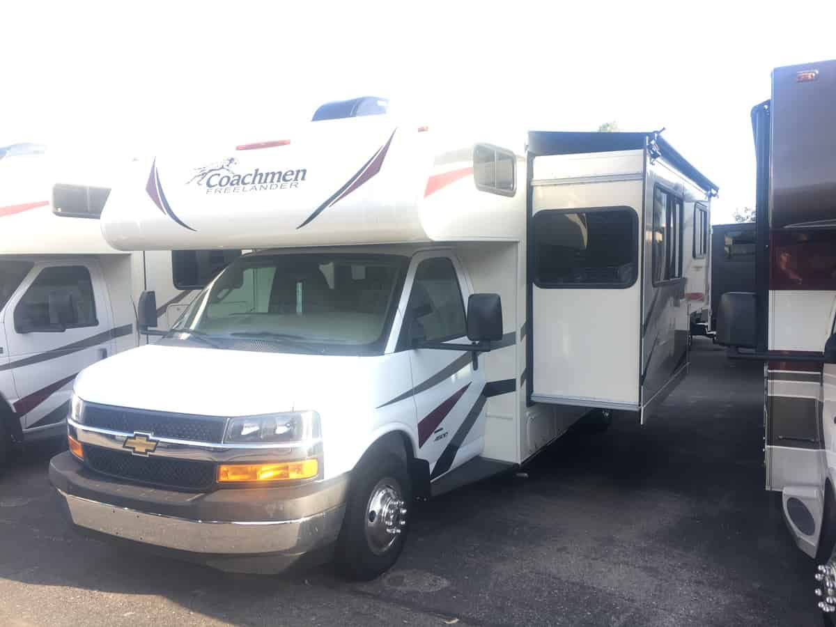 NEW 2019 Coachmen Freelander 24FSC - Freedom RV