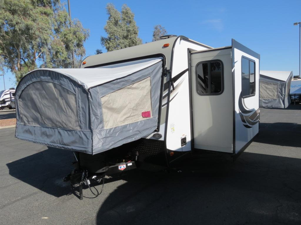 NEW 2018 Keystone Passport 217EXP - Freedom RV