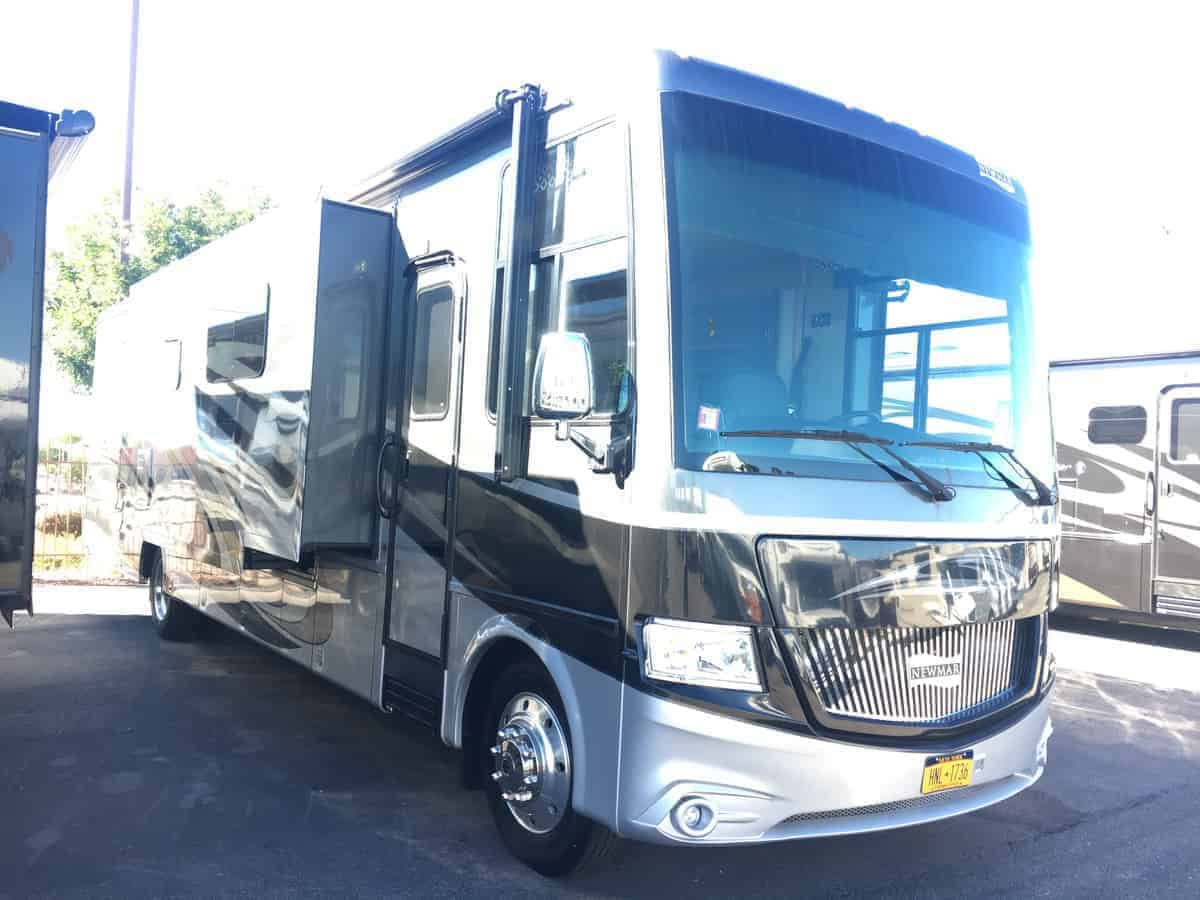 USED 2016 Newmar Canyon Star 3914 - Freedom RV