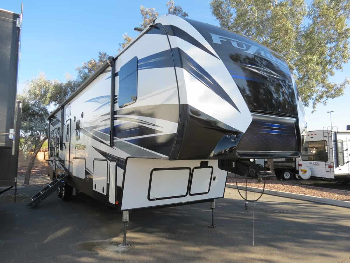 NEW 2019 Keystone Fuzion 369 - Freedom RV
