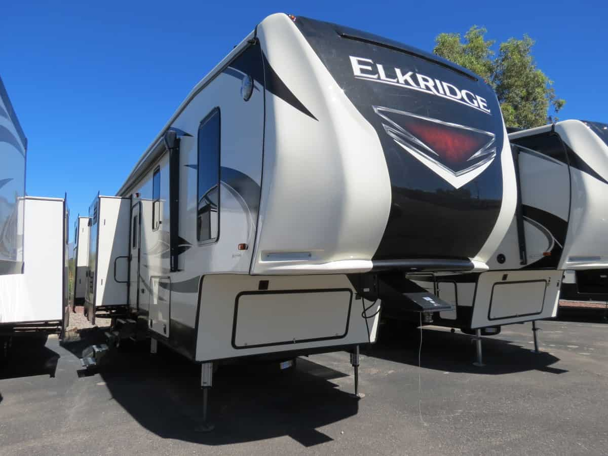 NEW 2019 Heartland Elkridge 38RSRT - Freedom RV