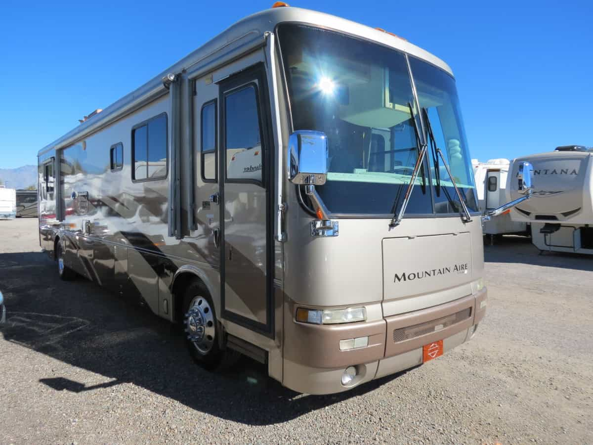 USED 2001 Newmar Mountain Aire 4095 - Freedom RV