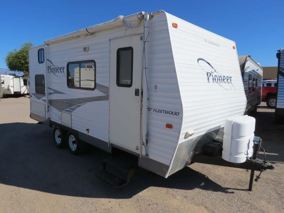 USED 2006 Fleetwood Pioneer 180 - Freedom RV