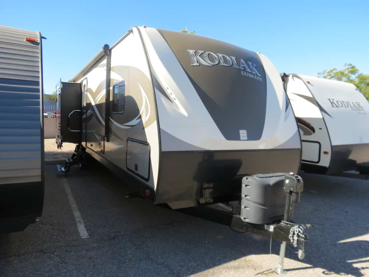 USED 2017 Kodiak Ultimate 320BHSL - Freedom RV
