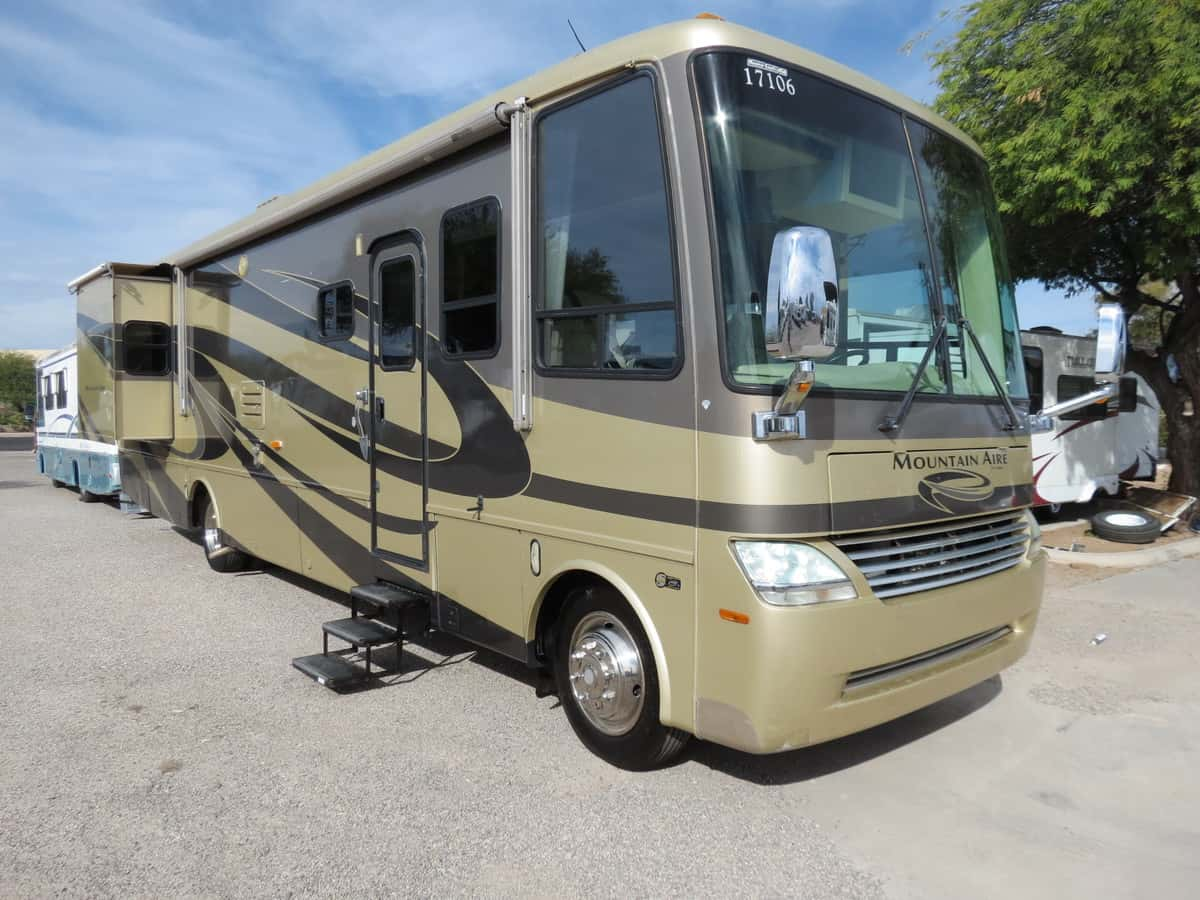 USED 2006 Newmar Mountain Aire 3778 - Freedom RV