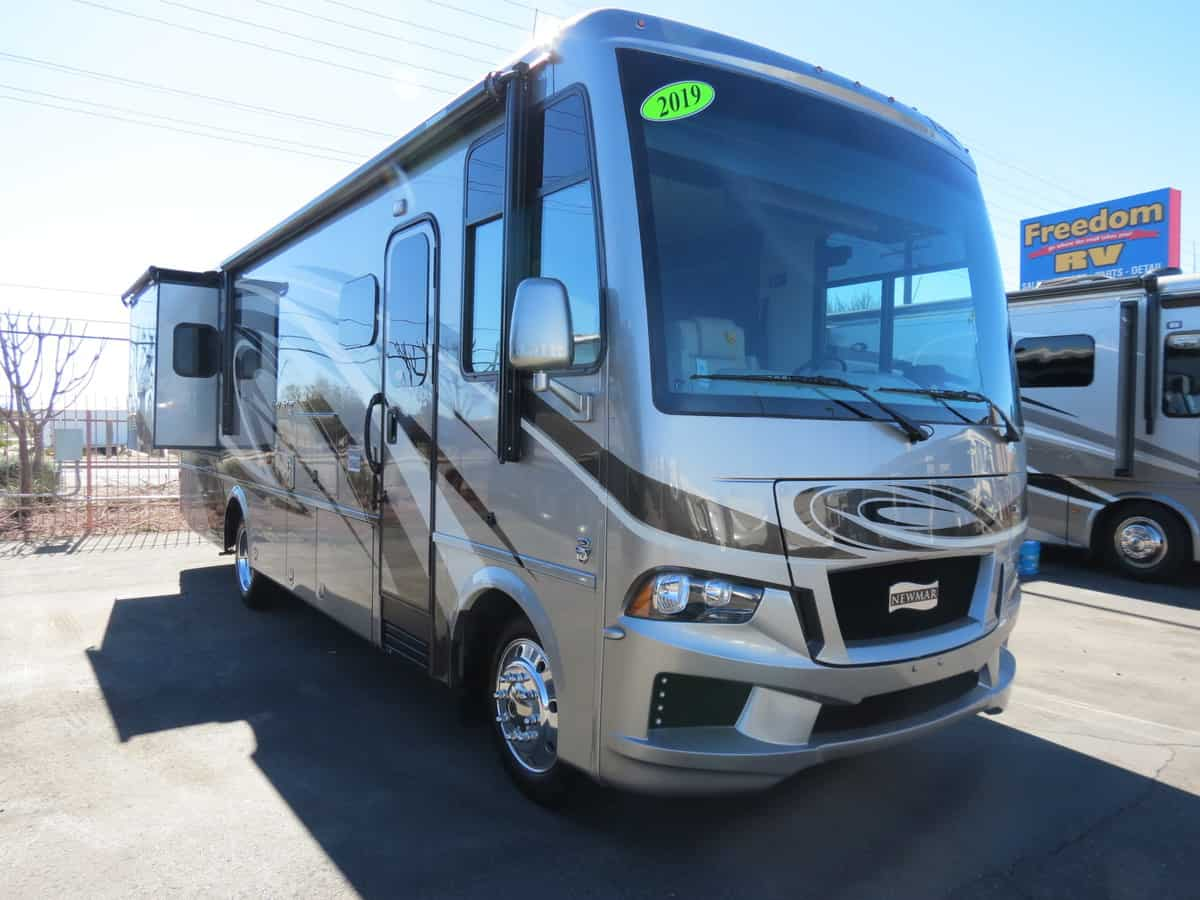 NEW 2019 Newmar Bay Star 3124 - Freedom RV