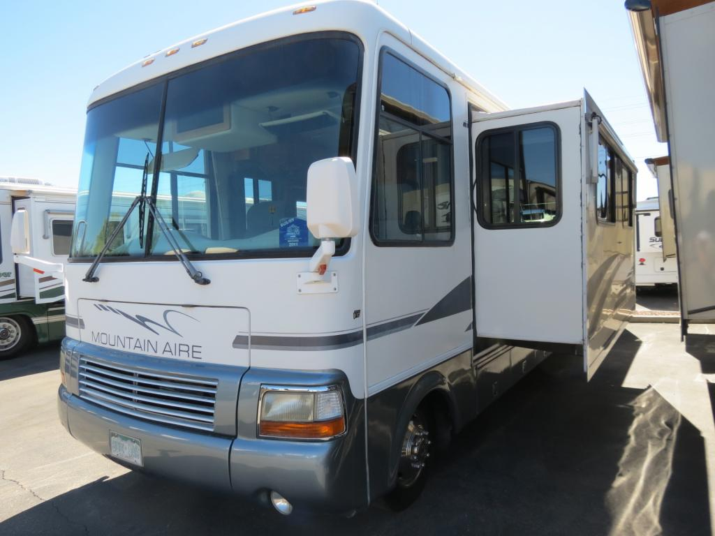 USED 2000 Newmar Mountain Aire 3758 - Freedom RV