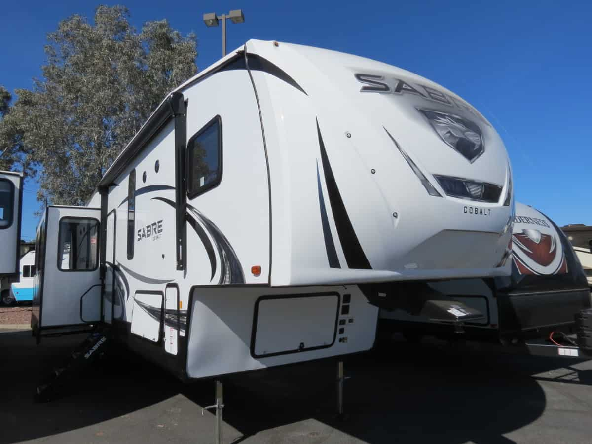 NEW 2019 Forest River Sabre 31KT - Freedom RV