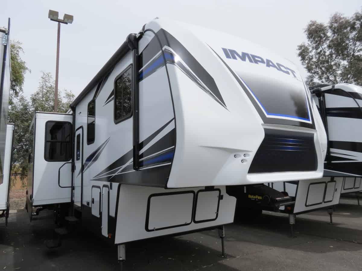 NEW 2019 Keystone Impact 367 - Freedom RV