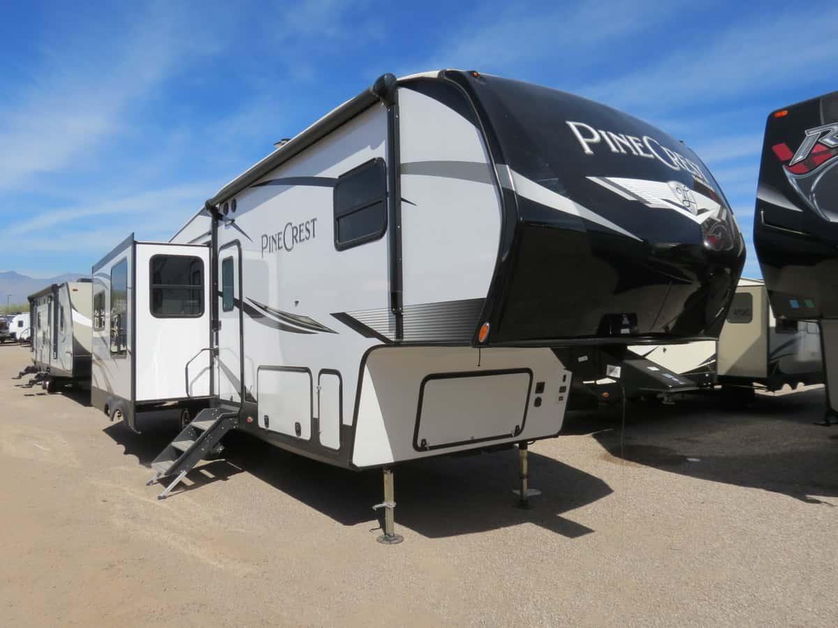 USED 2019 Vanleigh Pine Crest 305 RLP - Freedom RV