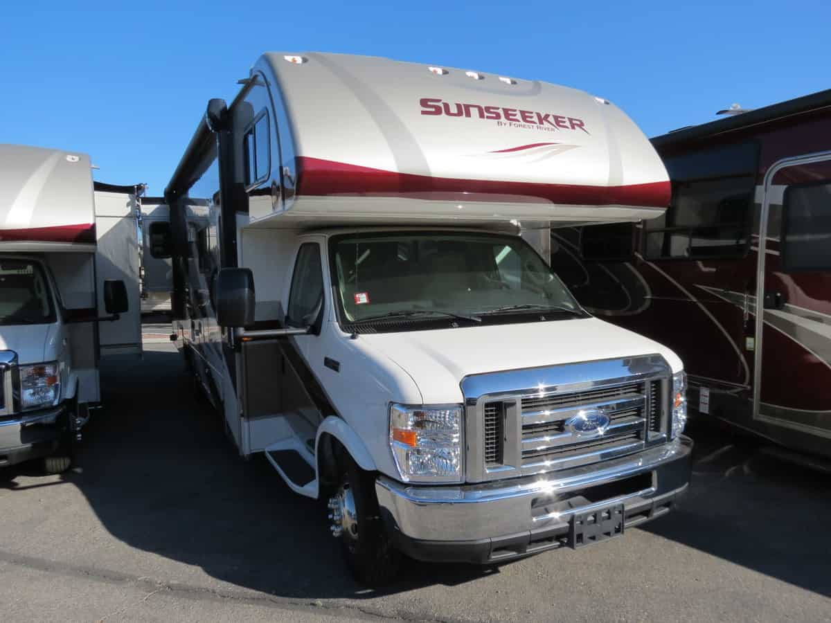 NEW 2019 Forest River Sunseeker 3010DSF - Freedom RV