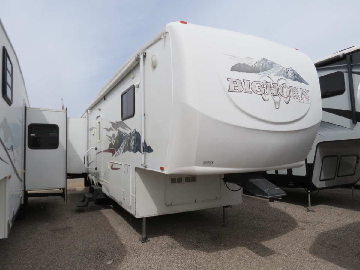 USED 2006 Heartland Big Horn 3055RL - Freedom RV