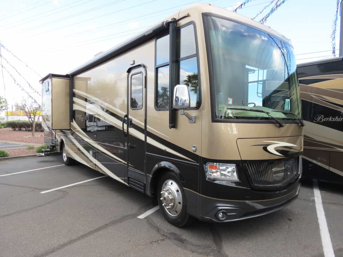 USED 2015 Newmar Canyon Star 3920 - Freedom RV