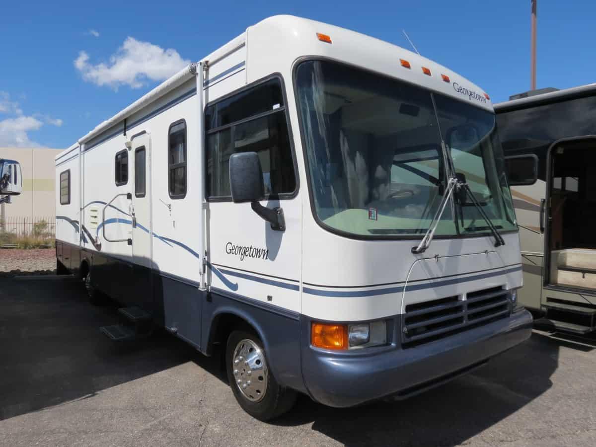 USED 2000 Georgetown Georgetown 35S - Freedom RV