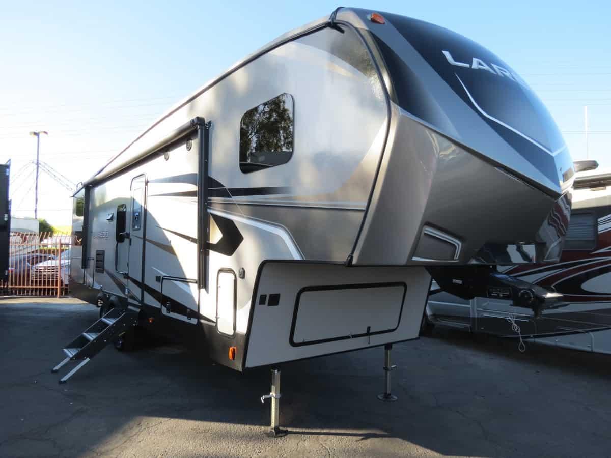 NEW 2020 Keystone Laredo 285SBH - Freedom RV