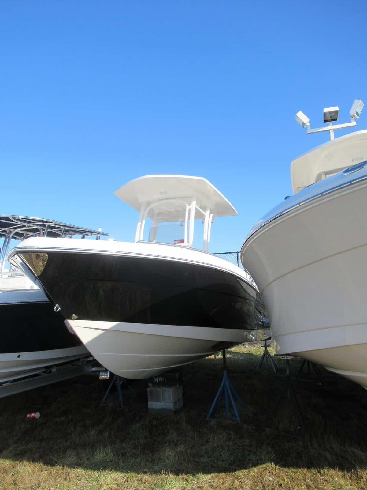 NEW 2018 Robalo R222EX Center Console - Long Island, NY Boat Dealer | Boat Sales & Rentals