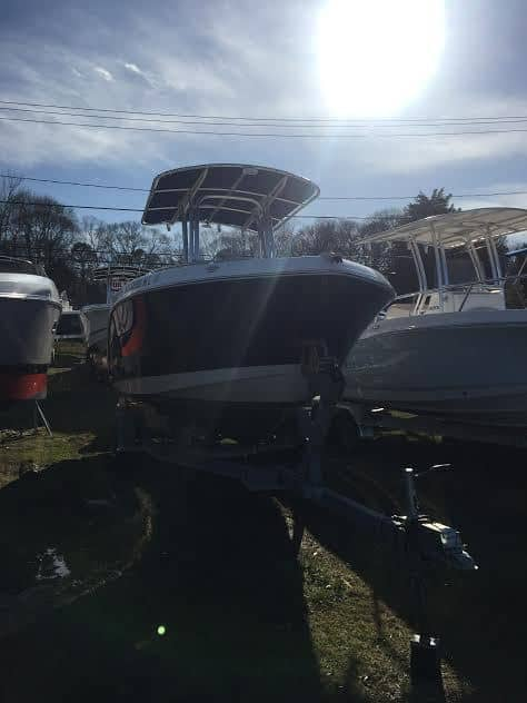 USED 2016 Robalo R222 - Long Island, NY Boat Dealer | Boat Sales & Rentals