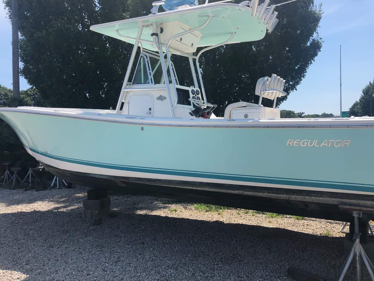 USED 2004 Regulator 26FS - Long Island, NY Boat Dealer | Boat Sales & Rentals