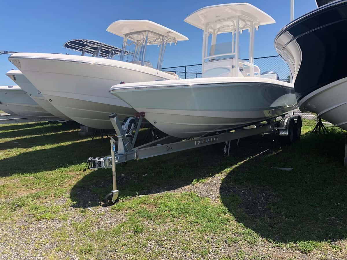 NEW 2018 Robalo R226 - Long Island, NY Boat Dealer | Boat Sales & Rentals