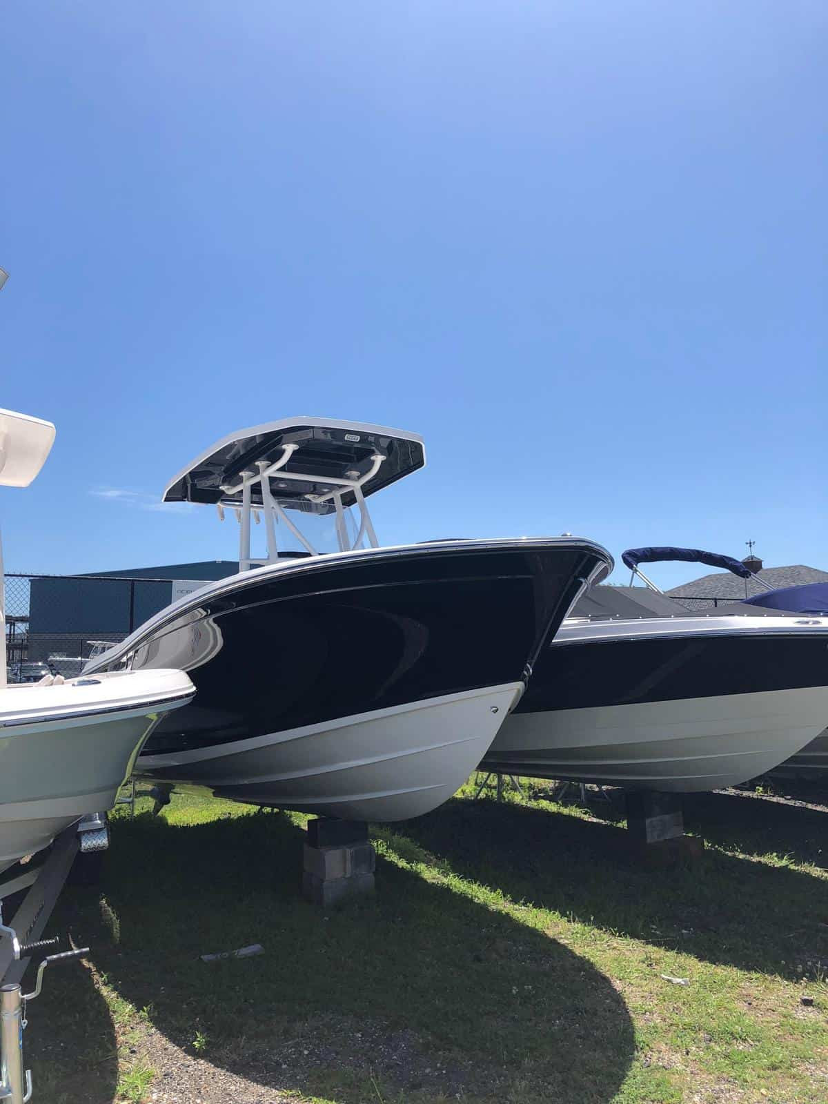 NEW 2018 Blackfin 212CC - Great Bay Marine