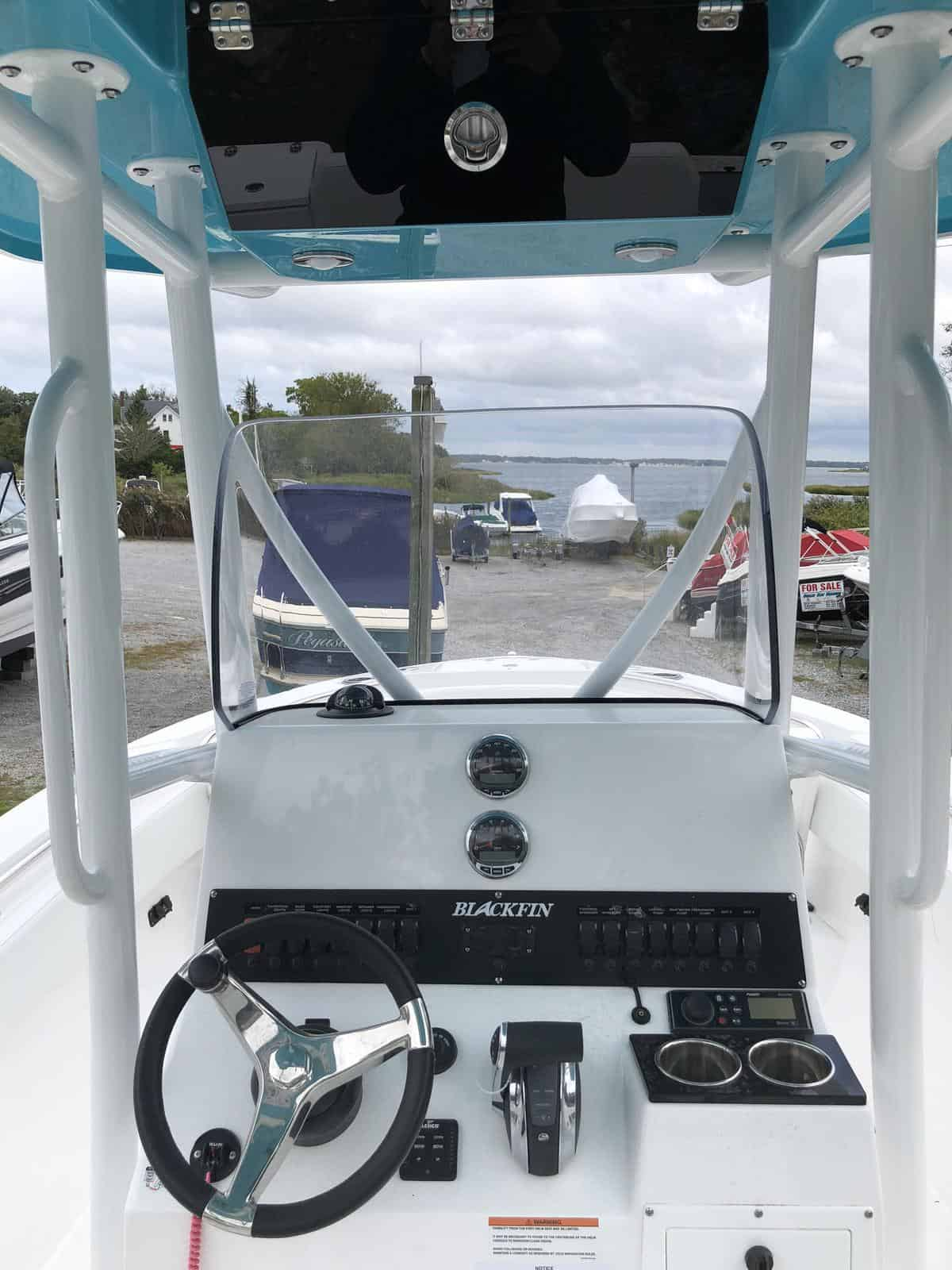 NEW 2019 Blackfin 212CC - Great Bay Marine