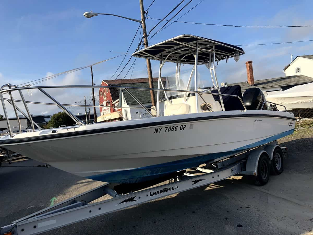 USED 2010 Boston Whaler 23 Dauntless - Great Bay Marine