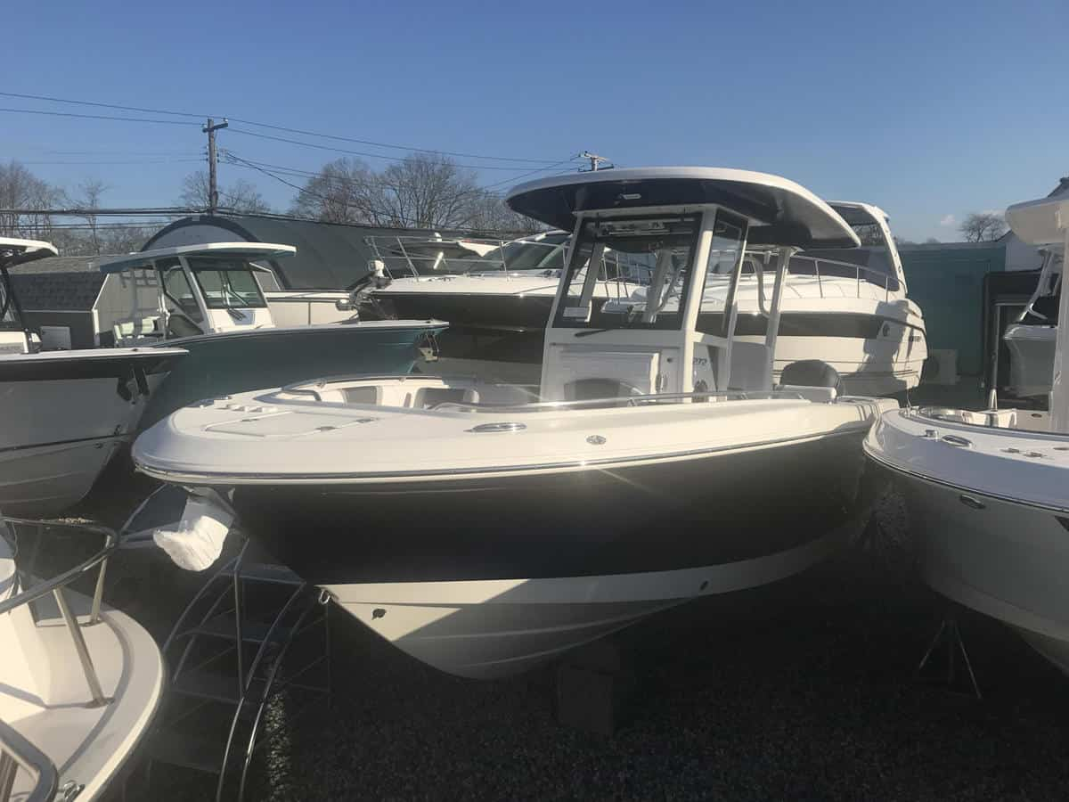 NEW 2019 Robalo R272 - Great Bay Marine