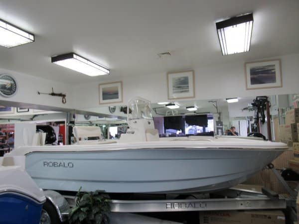 NEW 2017 Robalo R160 - Long Island, NY Boat Dealer | Boat Sales & Rentals