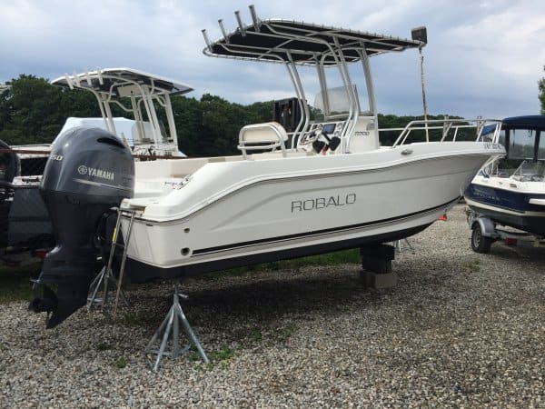 2016 Robalo R200 - Great Bay Marine