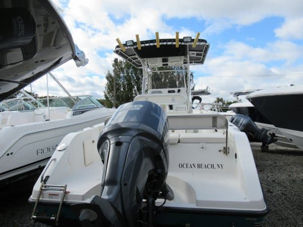 USED 2008 Century 2301 CC - Great Bay Marine