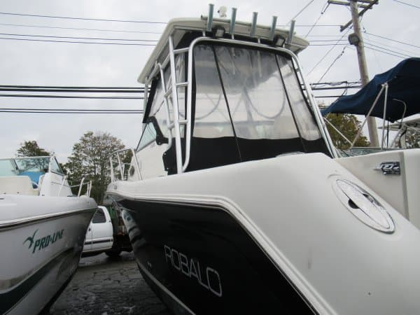 USED 2005 Robalo R265 - Long Island, NY Boat Dealer | Boat Sales & Rentals