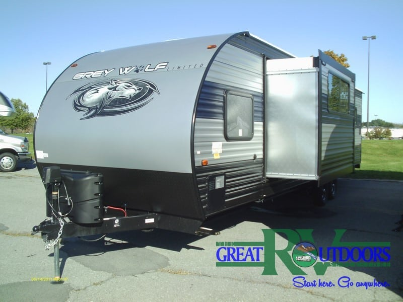 NEW 2020 Forest River Grey Wolf 27RR