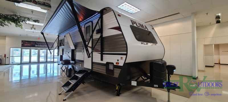 NEW 2021 Palomino Puma 22FKC