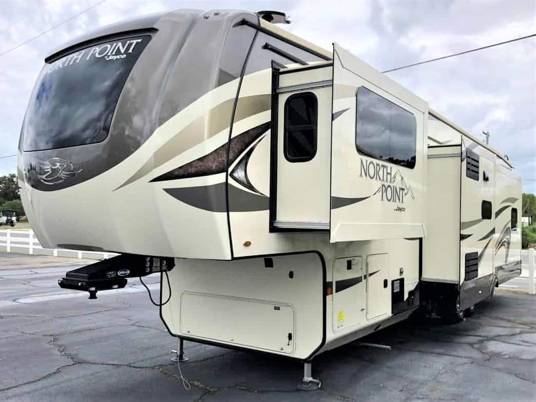 USED 2020 Jayco North Point 381FLWS