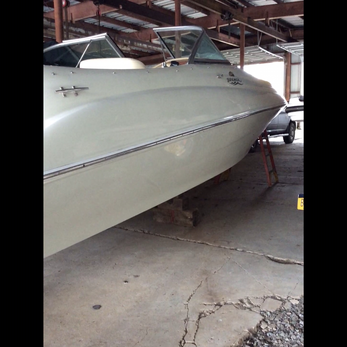 USED 2000 Sea Ray 210 Sundeck - Hutchinson's Boat Works