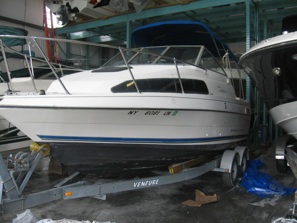 Used 1996 Bayliner 2252 - Hutchinson's Boat Works