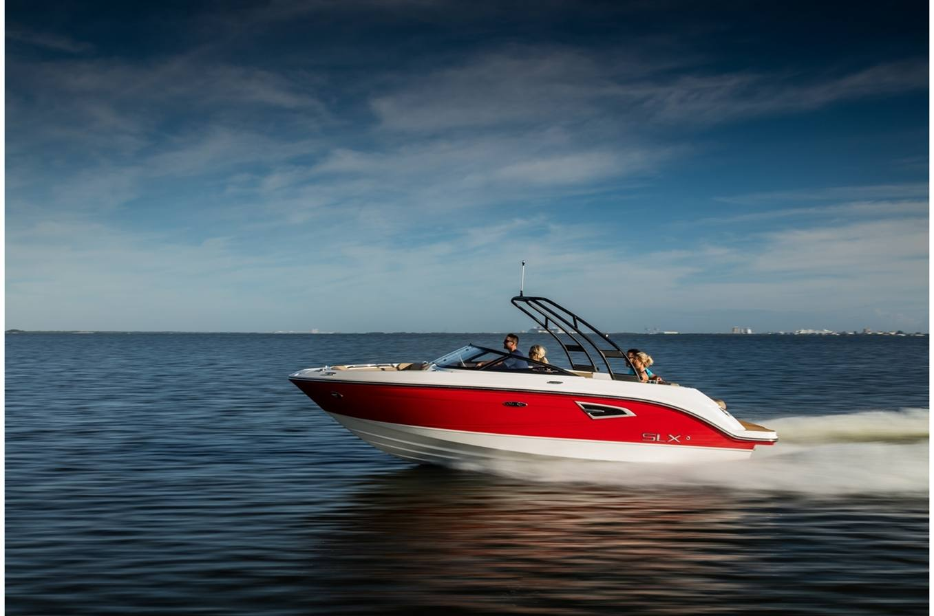 New 2018 Sea Ray SLX 230 - Hutchinson's Boat Works