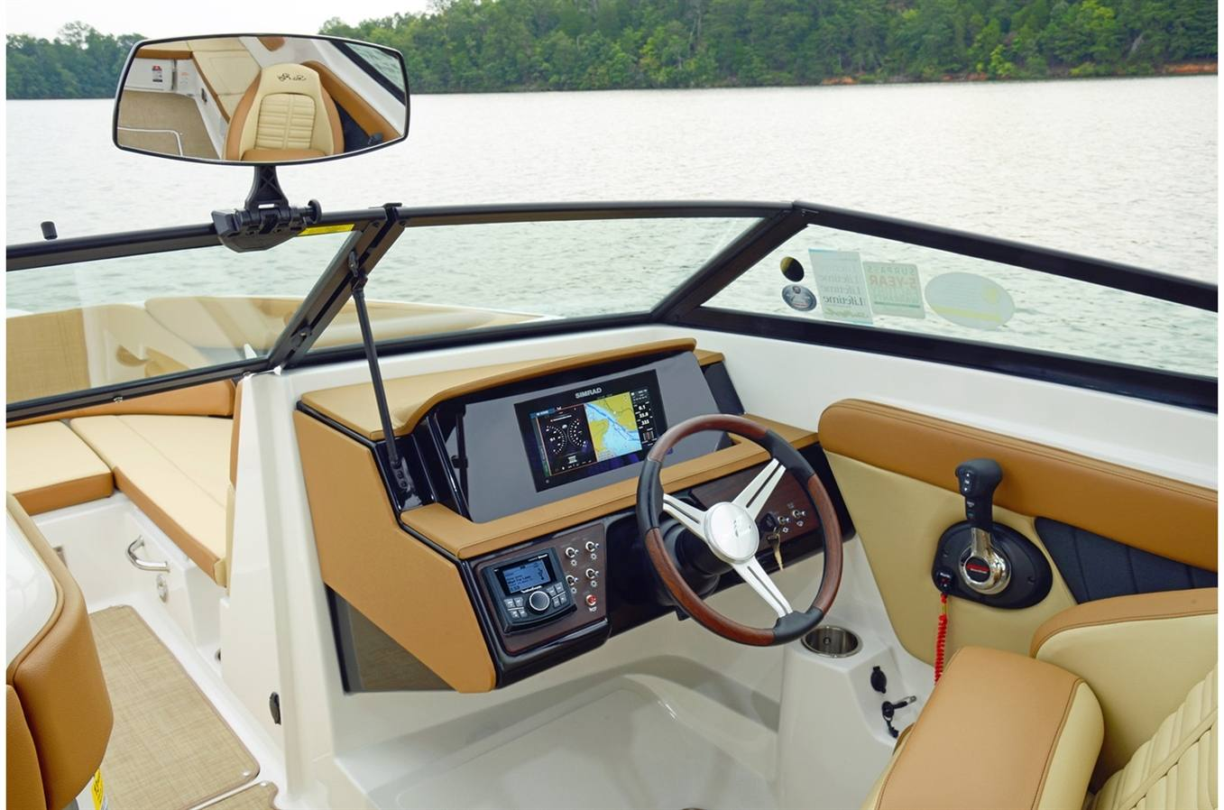 New 2018 Sea Ray SPX 230 - Hutchinson's Boat Works