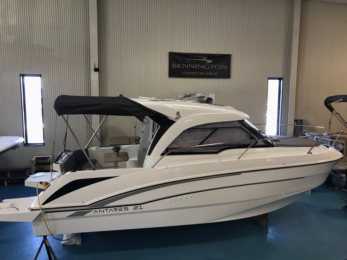 New 2019 Beneteau Antares 21 - Hutchinson's Boat Works