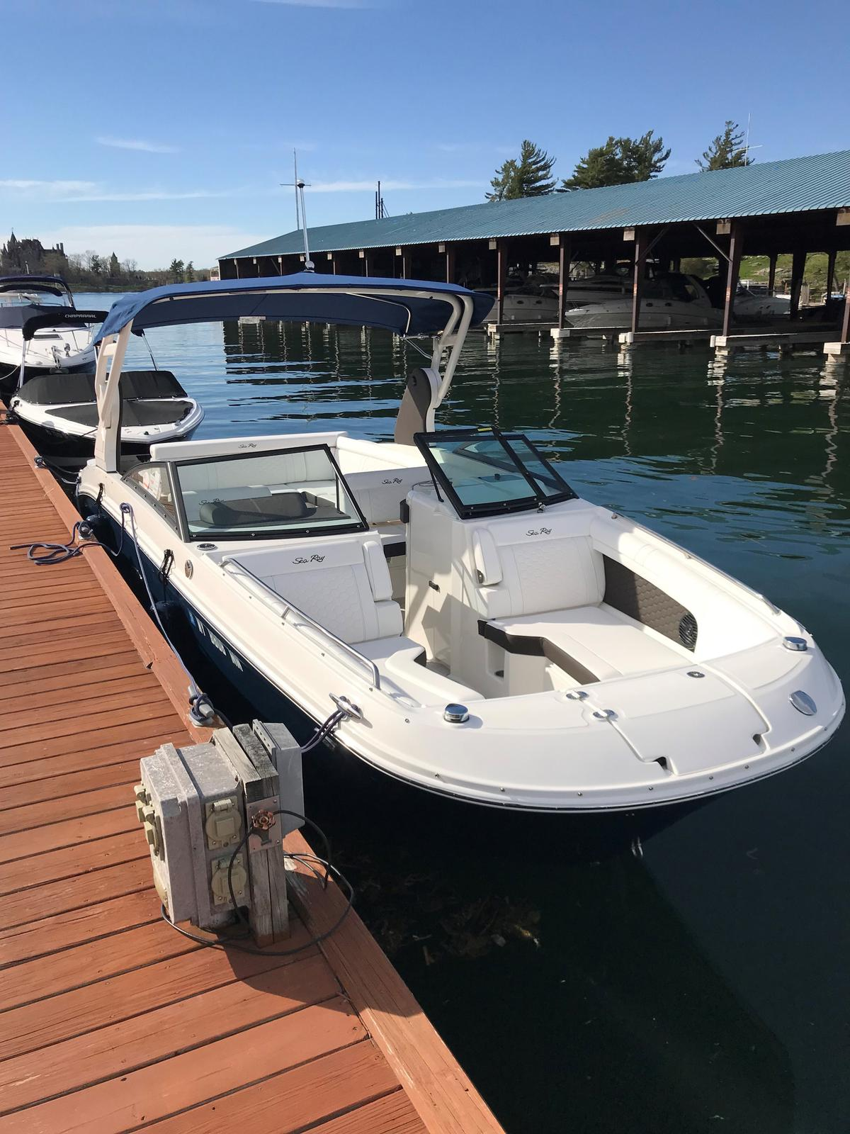 USED 2018 Sea Ray SDX 270 - Hutchinson's Boat Works